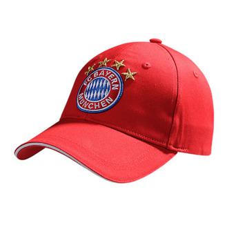 Šiltovka FC Bayern München